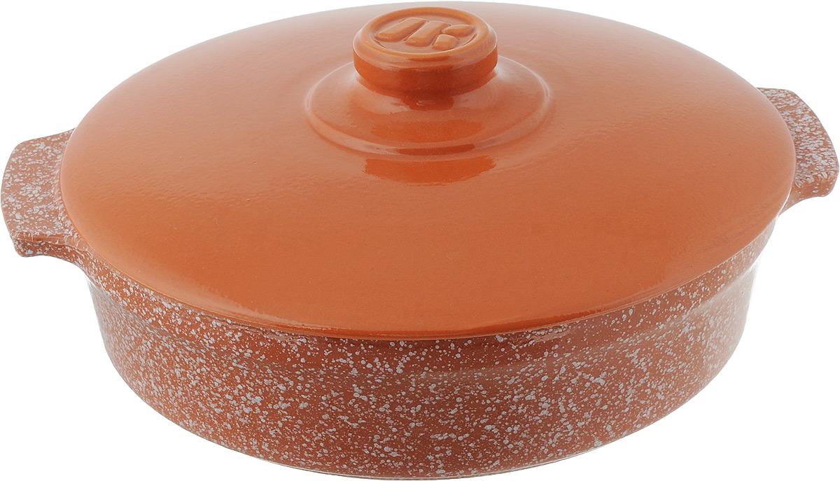 Сотейник Ломоносовская керамика Огонек с керамической крышкой, цвет: оранжевый, белый, 2,5 л1СТтр/м-1Сотейник Ломоносовская керамика Огонек изготовлен из термостойкой керамики. Пища в сотейниках не пригорает и сохраняет свой истинный аромат и вкус, благодаря экологически чистым материалам. Обладает такая модель свойством равномерного нагрева и остывания, поэтому такой сотейник идеально подходит для приготовления блюд, требующих долгого томления на огне. Сотейник оснащен крышкой, выполненной также из керамики, и резиновой насадкой на ручку для безопасного использования. Подходит сотейник для использования на электрических, стеклокерамических, газовых и галогеновых плитах, а также для духовок, микроволновок и холодильниках. Также его можно мыть в посудомоечной машине.Диаметр сотейника (по верхнему краю): 25,5 см.Ширина сотейника (с учетом ручек): 29,5 см. Высота стенки: 6,5 см.