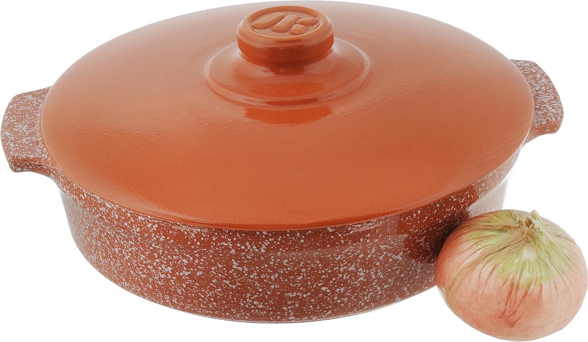 """Сотейник Ломоносовская керамика """"Огонек"""" изготовлен из термостойкой керамики. Пища в сотейниках не пригорает и сохраняет свой истинный аромат и вкус, благодаря экологически чистым материалам. Обладает такая модель свойством равномерного нагрева и остывания, поэтому такой сотейник идеально подходит для приготовления блюд, требующих долгого томления на огне.   Сотейник оснащен крышкой, выполненной также из керамики, и резиновой насадкой на ручку для безопасного использования. Подходит сотейник для использования на электрических, стеклокерамических, газовых и галогеновых плитах, а также для духовок, микроволновок и холодильниках. Также его можно мыть в посудомоечной машине.Диаметр сотейника (по верхнему краю): 25,5 см.Ширина сотейника (с учетом ручек): 29,5 см. Высота стенки: 6,5 см."""