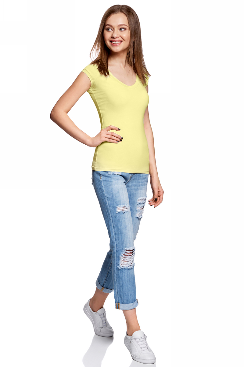 Футболка женская oodji, цвет: светло-желтый. 14711002-3/46157/5019P. Размер S (44)14711002-3/46157/5019PЖенская футболка от oodji выполнена из эластичного хлопка. Модель с короткими рукавами и V-образным вырезом горловины.