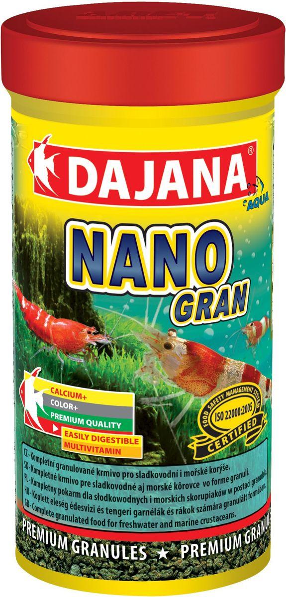 Корм для крабов и креветок Dajana Nano Gran, 100 млDP114AГранулированный комплексный корм Dajana Nano Gran идеален для пресноводных и морских ракообразных, особенно для декоративных креветок и аквариумных крабов. Премиум формула содержит оптимальное и сбалансированное соотношение всех важных питательных веществ, минералов и натуральных витаминов, способствующих здоровому росту и правильной смене панциря. При регулярном кормлении поддерживает цвет, регенерацию тела и иммунную систему креветок и крабов. Мини-гранулы корма быстро размягчаются в воде и медленно опускаются на дно аквариума. Благодаря специальной технологии изготовления, корм Dajana Nano Gran не мутит воду в аквариуме.Состав: зерновые продукты, рыба, морские ракообразные; растительные протеиновые концентраты, сухиедрожжи.