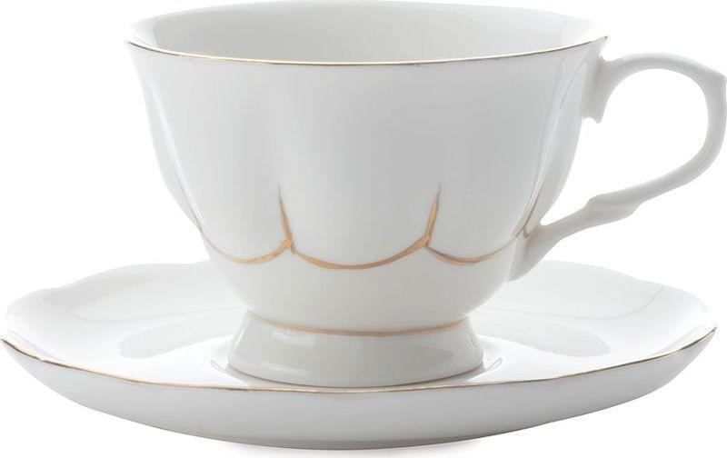 Чайная пара Maxwell & Williams Свежее дыхание, цвет: белыйMW580-QV4520Чайная пара Maxwell & Williams  Свежее дыхание состоит из чашки и блюдца, изготовленных из высококачественного фарфора. Изделия дополнены позолотой и имеют изысканный внешний вид. Такой набор прекрасно дополнит сервировку стола к чаепитию и подчеркнет ваш безупречный вкус.
