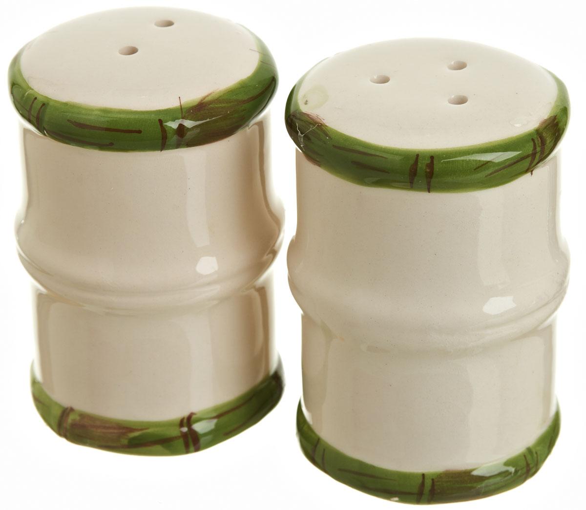 Набор для специй Polystar Nature Design, 2 предметаL0200090Набор для специй Polystar Nature Design выполнен из керамики, состоит из солонки и перечницы. Изделия оригинальной формы в виде бамбука. Благодаря своим компактным размерам набор не займет много места на вашей кухне.