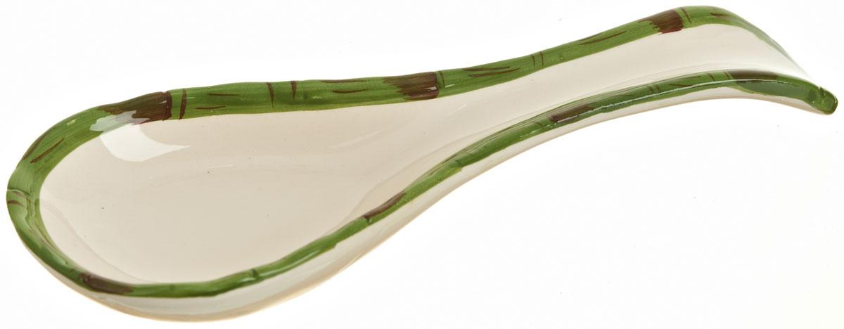 Подставка под ложку Polystar Nature Design, длина 24 смL0200093Подставка под ложку Nature Design изготовлена из высококачественной керамики. Данное изделие оформлено оригинальным дизайном. Подставка предназначена для поддержания чистоты на кухонном столе при приготовлении пищи. Поставьте ее рядом с плитой, и кладите на подставку ложку, половник или лопатку, которыми вы помешиваете блюда.