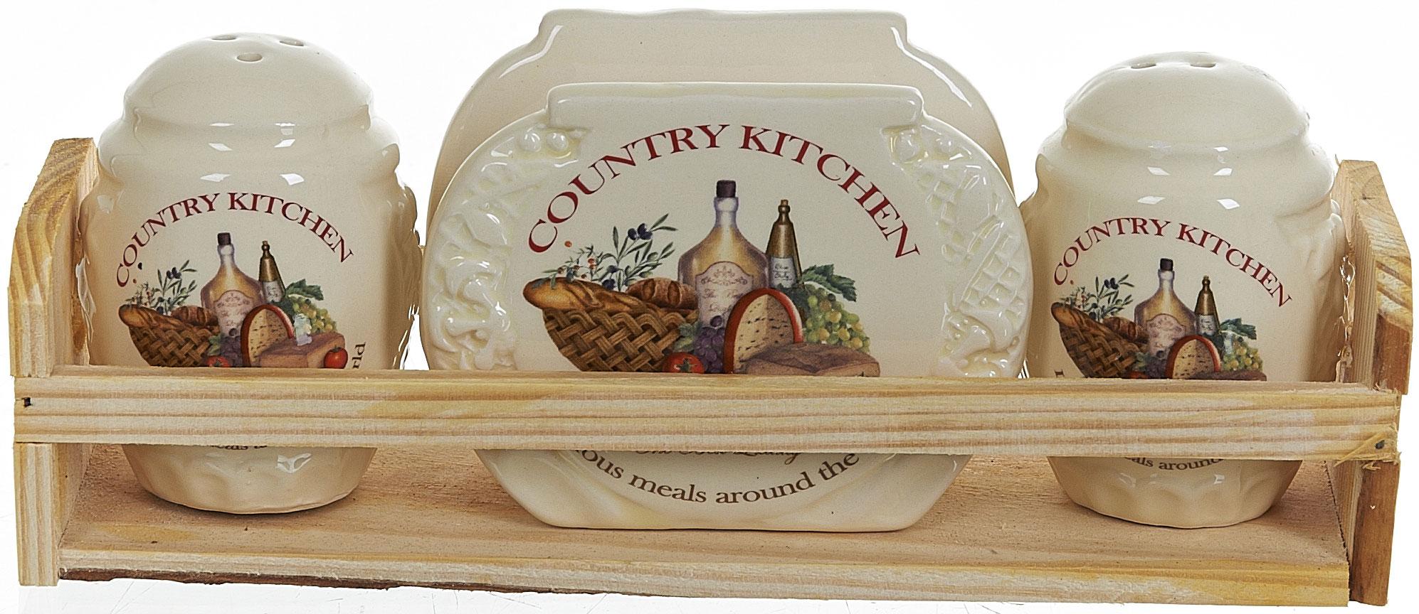 """Набор для специй и салфетница """"Country Kitchen"""" выполнены из высококачественной керамики, на деревянной подставке. Благодаря своим компактным размерам набор не займет много места на вашей кухне. Солонка, перечница и салфетница декорированы оригинальным рисунком.  Набор """"Country Kitchen"""" станет отличным подарком каждой хозяйке."""