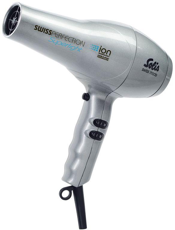 Solis Swiss Perfection Superlight, Silver фенSwiss Perfection Superlight silverФен Solis Swiss Perfection Superlight поможет быстро высушить и красиво уложить волосы любой длины. Данная модель практична и удобна в использовании, имеет эргономичную ручку и весит всего 420 грамм. Устройство имеет съемный воздушный фильтр. Фен оснащен режимом ионизации и подачи холодного воздуха, а также имеет защиту от перегрева. Фен работает в двух температурных режимах и в двух режимах интенсивности подачи воздуха. В комплект входит дополнительная насадка-концентратор. Петля для подвешивания обеспечит удобство хранения устройства.