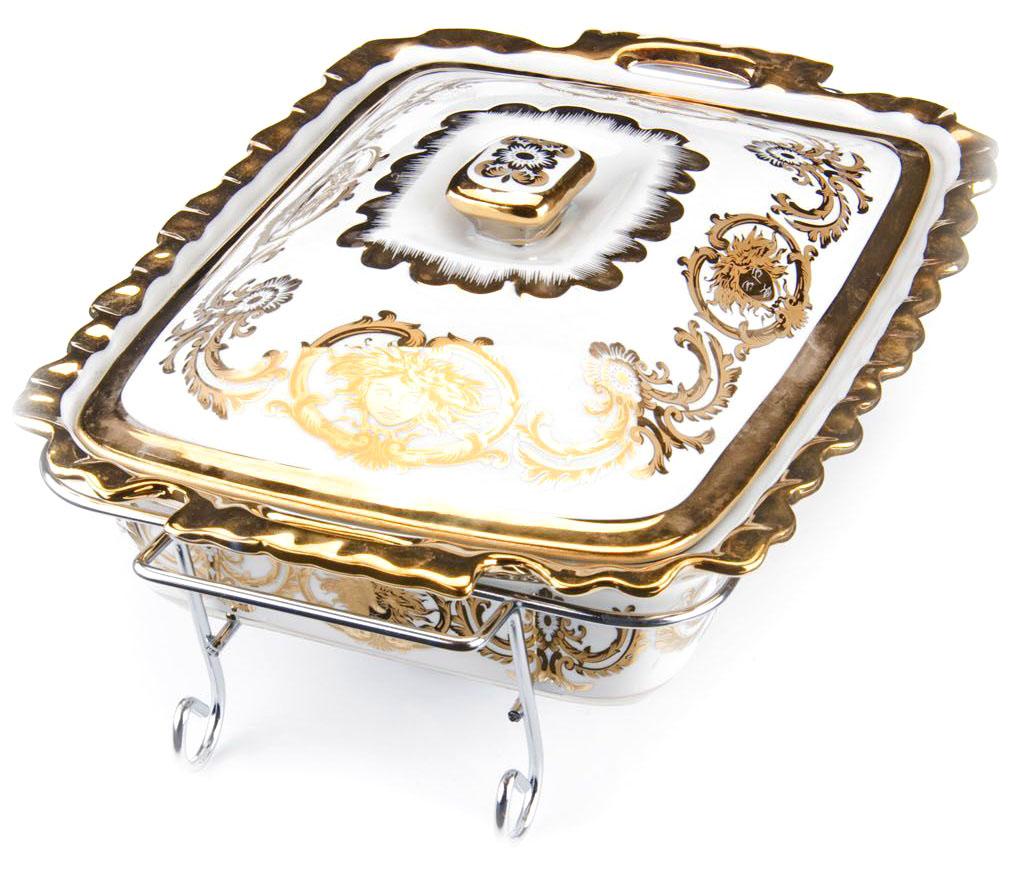 Мармит Loraine, 3 предмета, с 2 свечами, 2,5 л. 2654126541Мармит Loraine выполнен из керамики, украшенной рисунком. Керамическая чаша с удобными ручками располагается на стальной подставке с двумя подсвечниками для чайных свечей (входят в комплект). Свечи, устанавливающиеся на подставке, нагревают чашу снизу, таким образом, поддерживая нужную температуру приготовленного блюда.Керамическая крышка с удобной ручкой плотно прикрывает чашу сверху, в свою очередь, не давая остыть блюду.Благодаря своему элегантному дизайну, мармит с приготовленным блюдом можно сразу подавать на стол, не перекладывая еду на сервировочные тарелки. Изящный, с современным дизайном, мармит украсит любой праздничный стол, а блюда в нем будут всегда теплыми и ароматными.Керамическая чаша (без подставки) подходит для использования в духовом шкафу и микроволновой печи.Подходит для мытья в посудомоечной машине.Подходит для хранения в холодильнике.