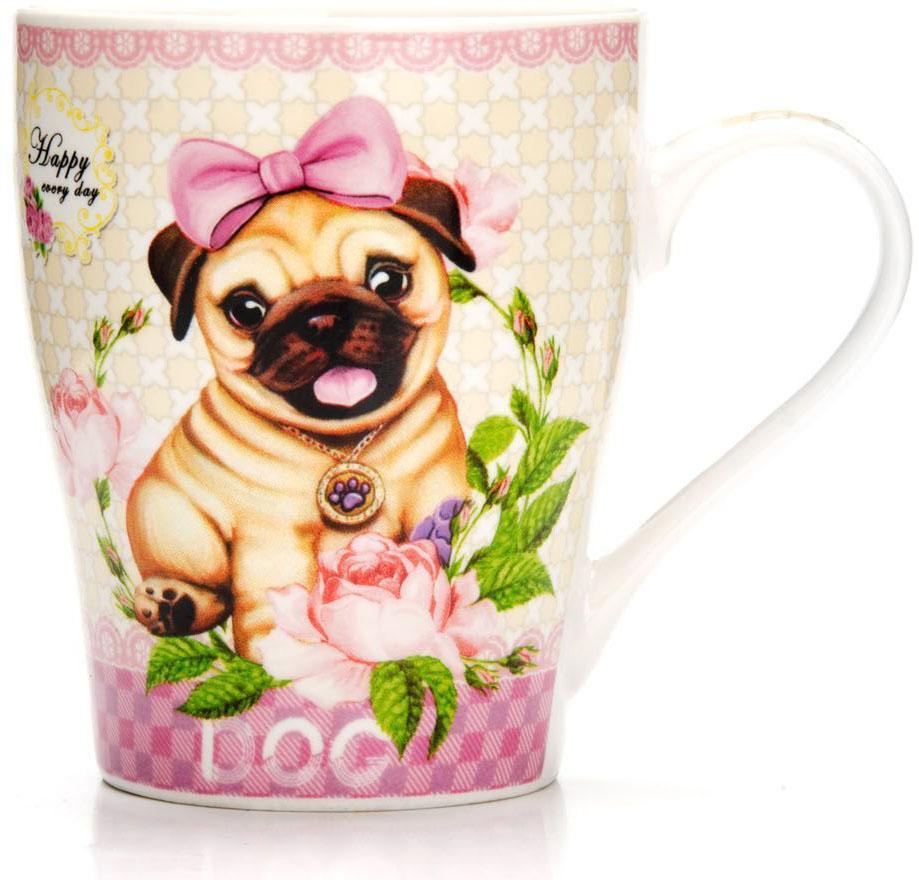 Кружка Loraine Собака, 340 мл. 26561-126561-1Кружка Loraine, выполненная из костяного фарфора и украшенная ярким рисунком, станет красивым и полезным подарком для ваших родных и близких. Дизайн изделия придется по вкусу и ценителям классики, и тем, кто предпочитает утонченность и изысканность.Кружка настроит на позитивный лад и подарит хорошее настроение с самого утра.Изделие пригодно для использования в микроволновой печи и холодильника.Подходит для мытья в посудомоечной машине.