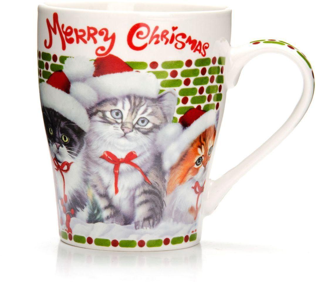Кружка Loraine Christmas, 340 мл. 26563-226563-2Кружка Loraine, выполненная из костяного фарфора и украшенная ярким рисунком, станет красивым и полезным подарком для ваших родных и близких. Дизайн изделия придется по вкусу и ценителям классики, и тем, кто предпочитает утонченность и изысканность.Кружка настроит на позитивный лад и подарит хорошее настроение с самого утра.Изделие пригодно для использования в микроволновой печи и холодильника.Подходит для мытья в посудомоечной машине.
