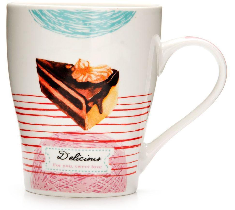 Кружка Loraine Десерт, 340 мл. 26575-226575-2Кружка Loraine, выполненная из костяного фарфора и украшенная ярким рисунком, станет красивым и полезным подарком для ваших родных и близких. Дизайн изделия придется по вкусу и ценителям классики, и тем, кто предпочитает утонченность и изысканность.Кружка настроит на позитивный лад и подарит хорошее настроение с самого утра.Изделие пригодно для использования в микроволновой печи и холодильника.Подходит для мытья в посудомоечной машине.