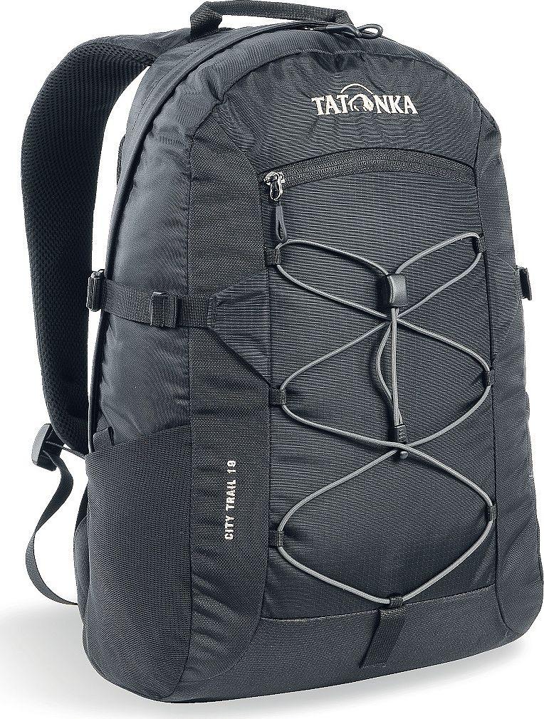 Рюкзак городской Tatonka City Trail, цвет: черный, 19 л1621.040Городской рюкзак Tatonka City Trail 19 идеален для ежедневного использования. Спинка Vent Comfort Back System обеспечит вентиляцию даже в жаркий день. Рюкзак оснащен прилегающим к спине карманом для ноутбука 15,4 дюйма. Карман не доходит до дна рюкзака, таким образом, даже если неаккуратно поставить рюкзак на пол, ноутбук будет в сохранности.Основное отделение закрывается на молнию с двумя бегунками. Эластичная стропа по центру рюкзака позволяет закрепить велошлем или куртку.Размер: 43 x 28 x 14 см.