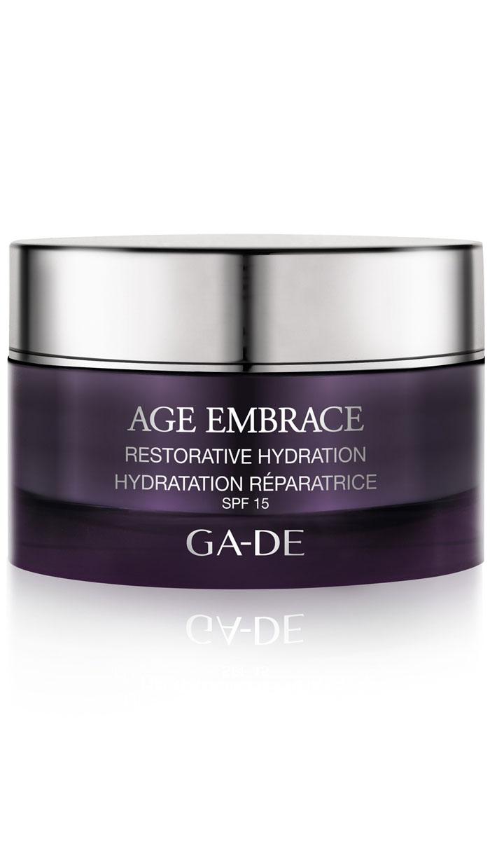 GA-DE Восстанавливающий увлажняющий дневной крем Age Embrace spf 15, 50 мл146000000Код молодости и фото-омоложение кожи. Высокоэффективный омолаживающий крем для восстановления, уплотнения и защиты дермы, повышает плотность ткани кожи. Компенсирует снижение гормональной активности, поддерживает необходимый уровень увлажнения, увеличивает содержание воды в коже, восстанавливает гидратацию, укрепляет контуры лица, борется с дряблостью. Основные активные компоненты крема: Menofit R, экстракт корня шелковицы с полей и гор Японии, экстракт коры сосны, молочная сыворотка сои, масло ши, витамин Е.