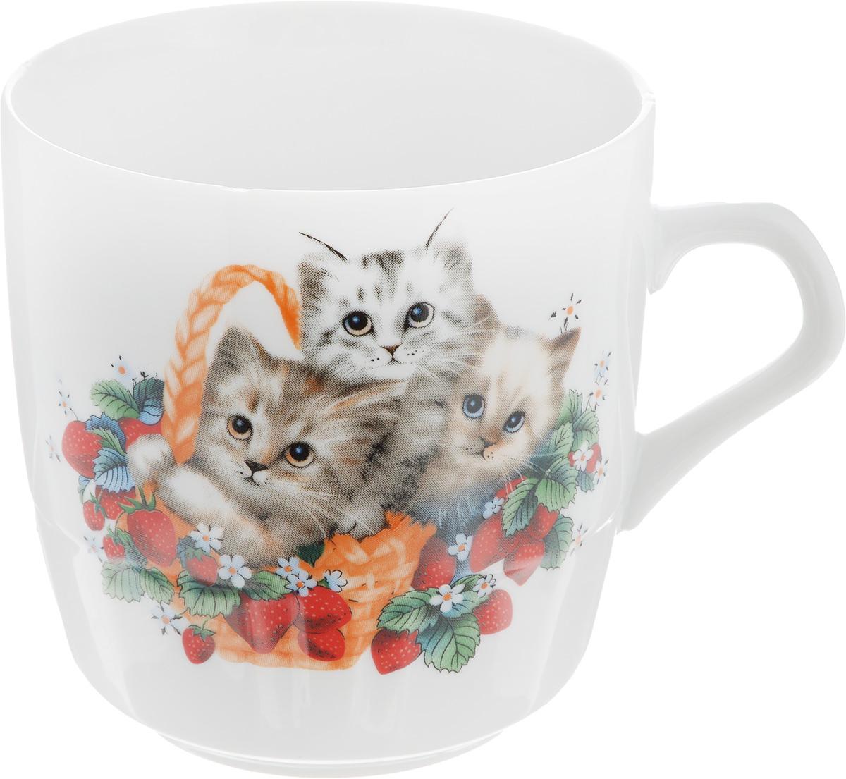 Кружка Фарфор Вербилок Котята, 250 мл5810950Кружка Фарфор Вербилок Котята способна скрасить любое чаепитие. Изделие выполнено из высококачественного фарфора. Кружка оформлена оригинальным принтом с милыми котятами и дополнена удобной ручкой. Посуда из такого материала позволяет сохранить истинный вкус напитка, а также помогает ему дольше оставаться теплым.Диаметр по верхнему краю: 8 см.Высота кружки: 8,5 см.