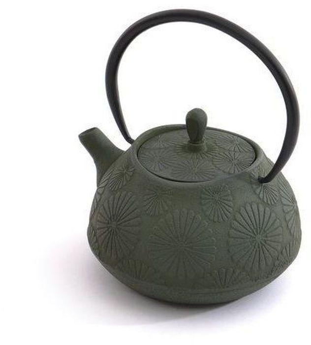 Чайник заварочный BergHOFF Studio, чугунный, цвет: зеленый, 1,1 л. 11071221107122Заварочный чайник BergHOFF Studio изготовлен изчугуна высокого качества. Чугунный чайник дольшедругих удерживает тепло. Вода в нем будет оставатьсягорячей и пригодной для заваривания чая в течениечаса. Внутреннее покрытие из прочной эмалиобеспечивает защиту от коррозии. Чайник оснащенчугунной подвижной ручкой и съемным фильтром изнержавеющей стали, который задерживает заварку ипредотвращает ее попадание в чашку.Заварочный чайник BergHOFF Studio украсит любуючайную церемонию, а также станет прекраснымподарком на любое торжество.Объем: 1100 мл.