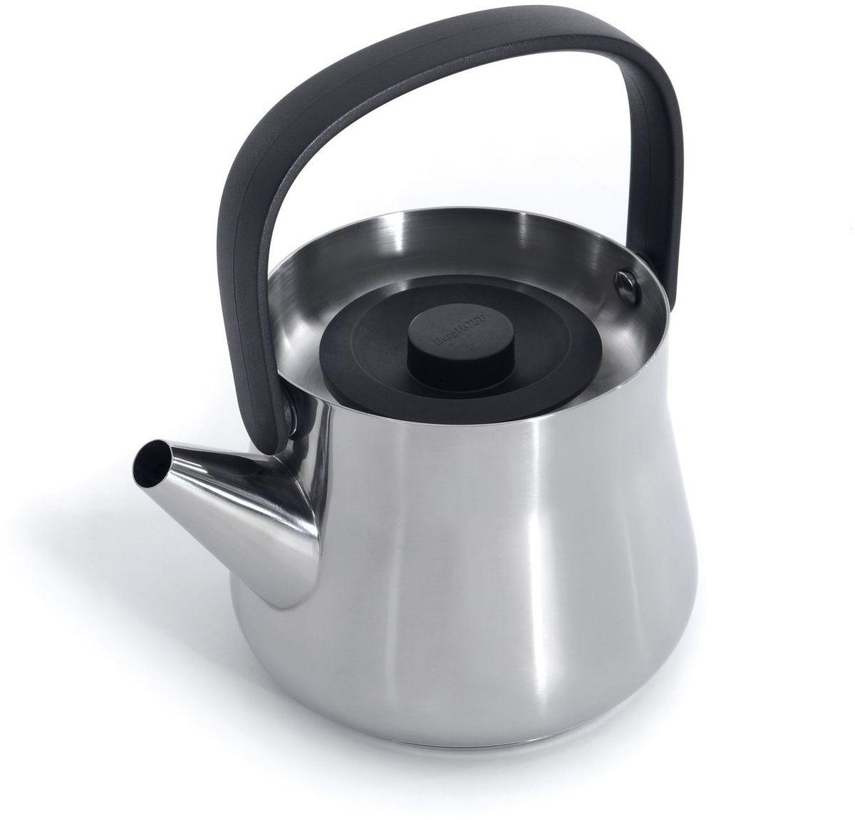 Чайник заварочный BergHOFF Ron, с ситечком, цвет: металлик, 1 л3900047Элегантно утонченный заварочный чайник с ситечком, бельгийского бренда Berghoff, из серии Ron. Идеально подойдет как для нагревания в нем воды, так и для заваривания листьев чая. Съемный фильтр внутри защитит напиток от попадания лишних чаинок. Изготовлен из пищевой нержавеющий стали высшего качества. Благодаря содержанию в составе 18% хрома, внутренняя поверхность защищена от кислотной коррозии во время нагревания.Лаконичный и сдержанный стиль девайса, выполненный в глянцевом цвете металлик, прекрасно впишется в любой интерьер. Изогнутая форма ручки сделана из жароустойчивого черного бакелита, благодаря которому она плотно удерживается в руке, и не нагревается.Данное изделие подходит для всех видов плит, но рекомендуется ручная мойка без абразивных средств. Объем: 1000 мл.
