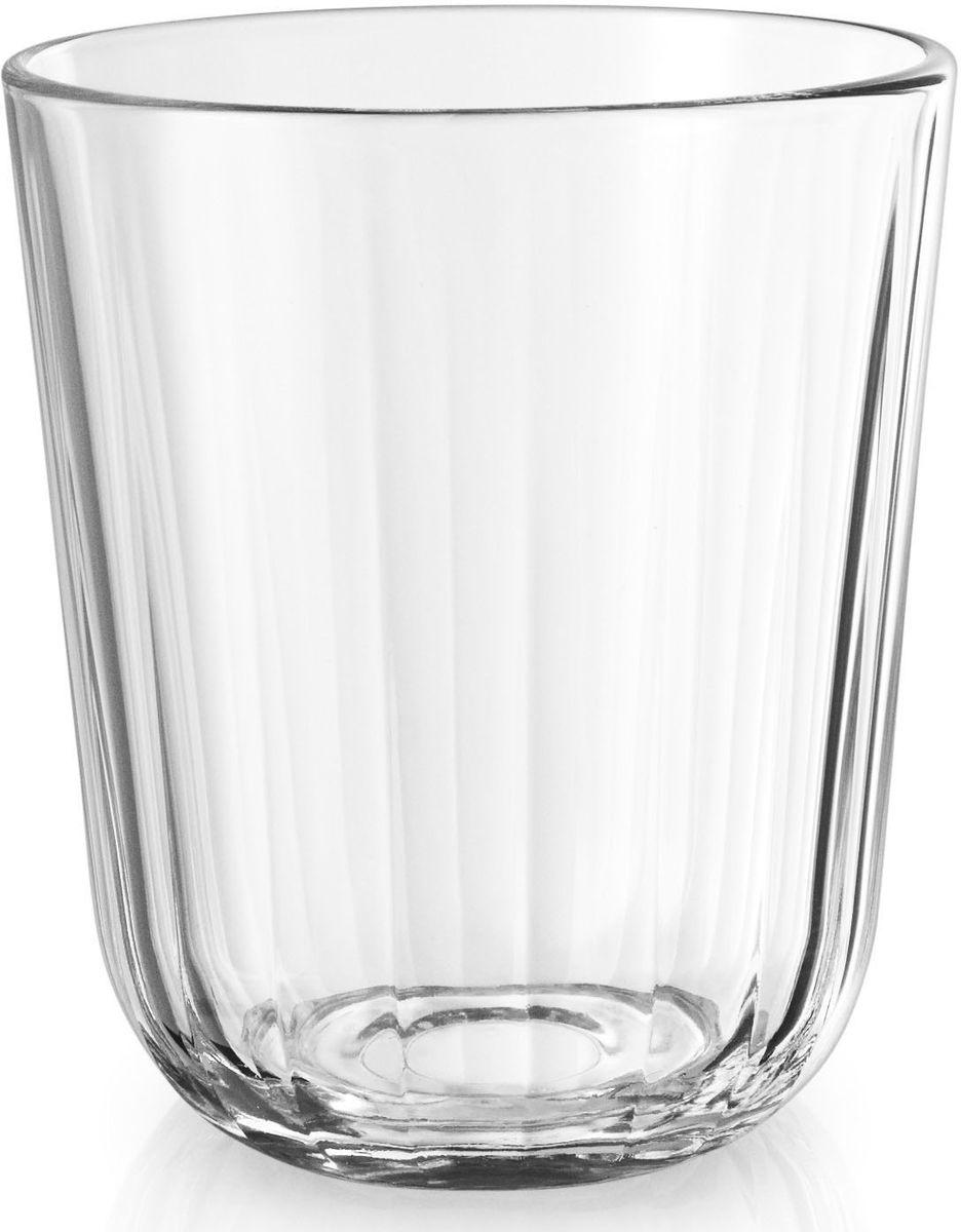 Стаканы Eva Solo, граненые, 6 х 270 мл. 567433567433Небольшие граненые стаканы объемом 270 мл прекрасно подойдут для подачи любимых напитков. Стаканы имеют простой лаконичный дизайн, который будет удачно сочетаться с другими элементами посуды.Стаканы выполнены и выдувного стекла, благодаря чему являются более прочными и жаростойкими (выдерживают температуру до 130°), чем изделия из прессованного стекла. Стаканы подходят для посудомоечных машин со специальной программой для стекла.