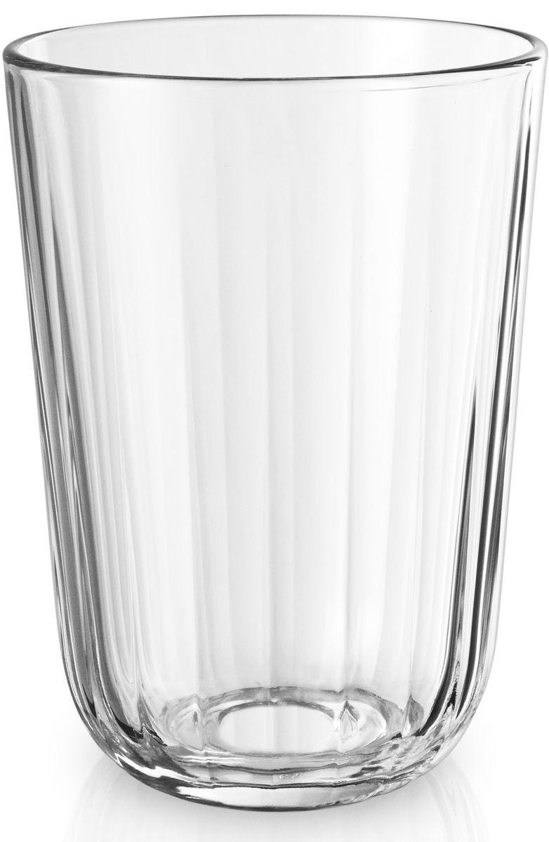 Стаканы Eva Solo, граненые, 4 х 340 мл. 567434567434Граненые стаканы с оптимальным объемом 340 мл прекрасно подойдут для подачи любимых напитков или сливочных десертов. Стаканы имеют простой лаконичный дизайн, который будет удачно сочетаться с другими элементами посуды.Стаканы выполнены и выдувного стекла, благодаря чему являются более прочными и жаростойкими (выдерживают температуру до 130°), чем изделия из прессованного стекла. Стаканы подходят для посудомоечных машин со специальной программой для стекла.
