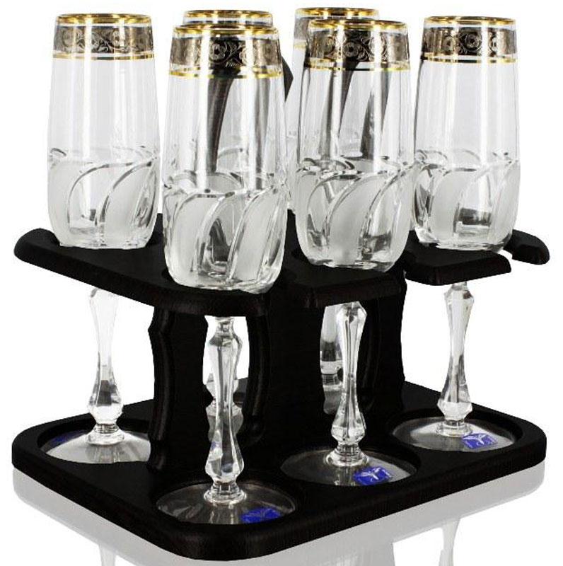 Набор бокалов Гусь Хрустальный Флорис, 200 мл, 6 шт. TD32-27827-БСTD32-27827-БСНабор Гусь-Хрустальный Флорис состоит из 6 бокалов для вина, изготовленных из высококачественного стекла. Сверху изделия оформлены красивым золотистым орнаментом. Такой набор прекрасно дополнит праздничный стол и станет желанным подарком в любом доме. Высота бокала: 22 см.Объем бокала: 200 мл.