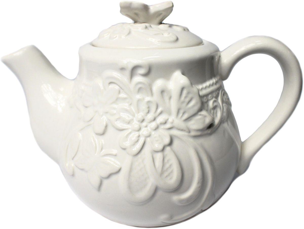 Чайник заварочный Vetta Бабочка, 750 мл824786Заварочный чайник Vetta Бабочка изготовлен из высококачественной керамики. Изделие прекрасно подходит для заваривания вкусного и ароматного чая, а также травяных настоев. Отверстия в основании носика препятствуют попаданию чаинок в чашку. Праздничный дизайн сделает чайник настоящим украшением стола.