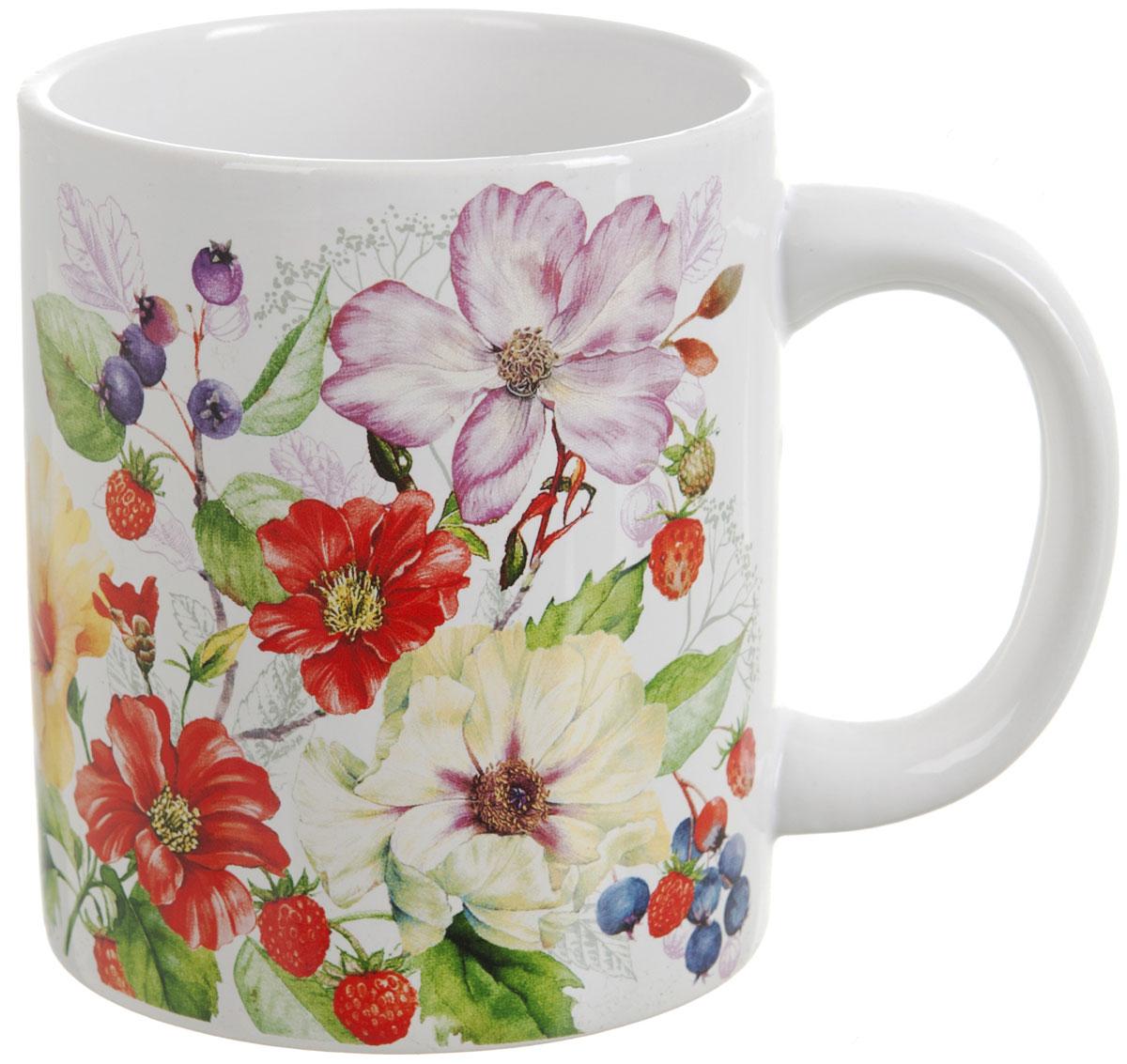 """Кружка """"Summer"""", выполненная из высококачественной керамики, украшена цветочным рисунком. Изделие оснащено удобной ручкой. Кружка сочетает в себе оригинальный дизайн и функциональность. Благодаря такой кружке пить напитки будет еще вкуснее."""