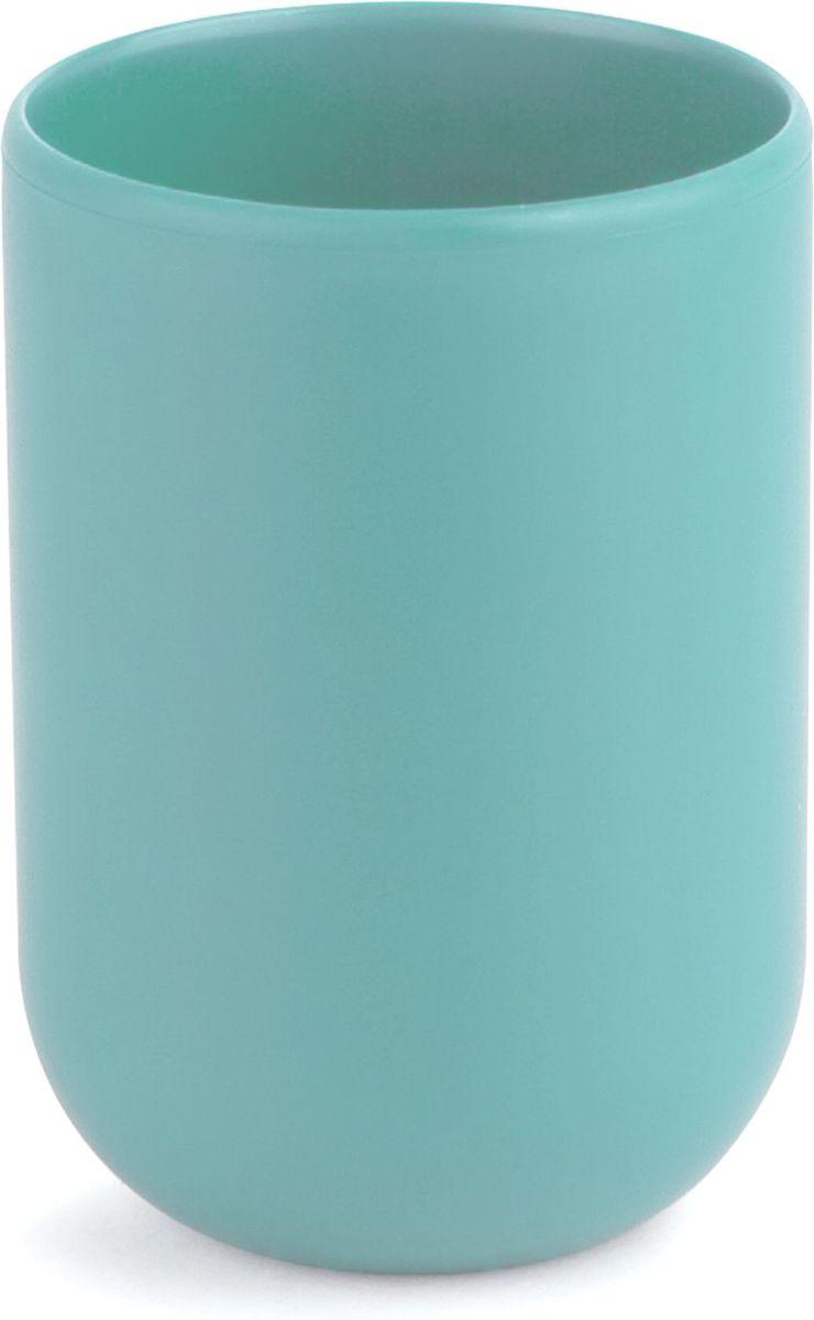Стакан для ванной Umbra Touch, цвет: морская волна, 10 х 7 х 7 см023270-276Стакан для ванной - это тот маленький, почти незаметный, но очень важный предмет, который мы используем ежедневно для полоскания рта или даже просто как подставку для щеток. Он нужен всем и всегда, это бесспорно. Немного экспериментировав с формой, дизайнеры создали стакан Touch, который придется кстати в любом доме! Стакан выполнен из приятного на ощупь пластика.
