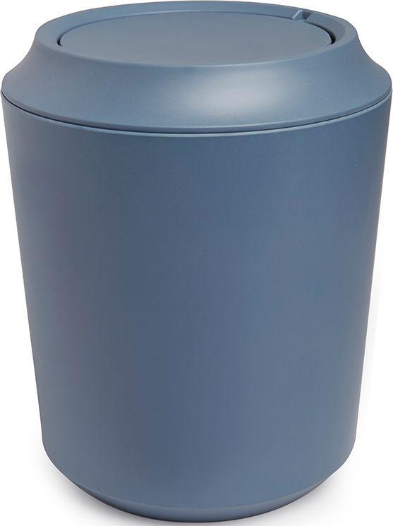 Корзина для мусора Umbra Fiboo, цвет: дымчато-синий, 24,9 х 20,3 х 20,3 см023875-755Корзина для мусора из комбинированного материала (меламин и бамбуковое волокно), который отличает экологичность, износостойкость и уникальный матовый эффект. Удобная вращающаяся крышка легко снимается для смены пакета для мусора.Дизайн: Wesley Chau