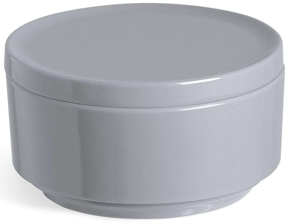 Контейнер для хранения Umbra Step, цвет: темно-серый, 7,1 х 12,7 х 12,7 см024000-149Невероятно аккуратный и удобный контейнер Umbra Step из литого меламина для хранения ватных дисков и других мелочей в ванной. Благодаря крышке, ватные диски не намокнут и не покроются пылью.Контейнер сочетается с другими аксессуарами из коллекции STEP.