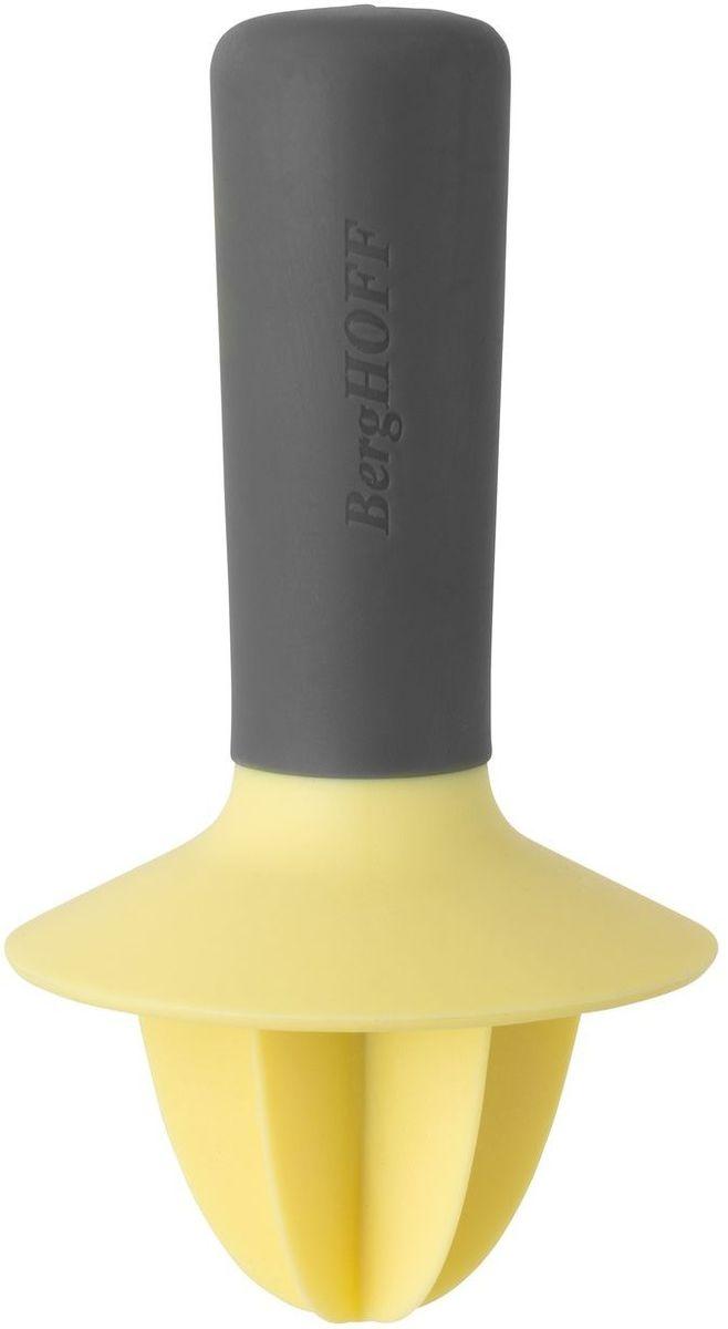 Соковыжималка для цитрусовых BergHOFF Leo, ручная, 13 х 7 см3950011Пресс ручной для цитрусовых BergHOFF Leo представляет собой простое устройство, благодаря которому вы с легкостью и без проблем сможете извлечь сок из апельсинов, мандаринов, грейпфрутов, лимонов и прочих фруктов семейства цитрусовых в небольших количествах. Этот компактный и простой по конструкции атрибут весьма удобен в использовании, легок в очистке и станет неотъемлемым прибором на вашей кухне.