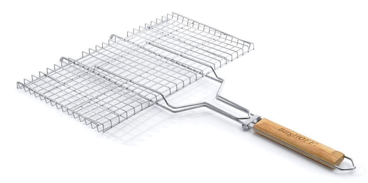 Решетка-гриль для стейка BergHOFF, 69 x 44,5 см4490305Решетка-гриль для овощей BergHOFF прекрасно подходит для приготовления на мангале или барбекю.Решетка выполнена из прочной стали, рукоятка из дерева.Размер: 69 x 44,5 см.