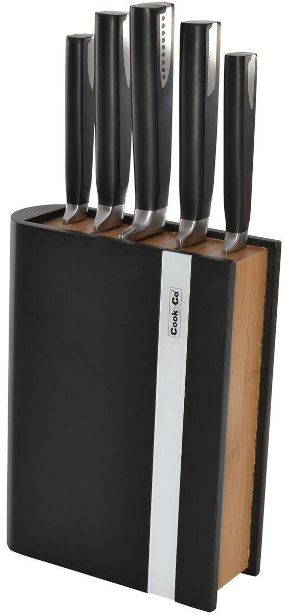 Универсальный набор ножей для всех кулинарных задач. Нож для очистки - маленький и легкий, с прямой режущей кромкой. Это по-настоящему универсальный нож, идеальный для очистки и других мелких работ. Часто используется для очистки фруктов и овощей, которые можно держать в руках.  Универсальный нож идеален для всех нарезочных работ, требующих точности.  С помощью ножа для мяса легко нарезать мясо тонкими ломтиками. Часто используется в комбинации с вилкой для мяса, с помощью которой можно удерживать кусок во время нарезания.   Поварской нож - самый используемый на кухне. Загнутое кверху лезвие позволяет раскачивать нож во время нарезки на разделочной доске. Благодаря широкому и тяжелому лезвию также подходит для легких разрубочных работ.  Нож для хлеба - большой нож с зубчатым лезвием. Используется для нарезания продуктов, твердых снаружи и мягких внутри, таких как хлеб и другая выпечка. Также может использоваться для нарезания томатов.  Колода удобно сохраняет все ножи безопасным образом. Нескользящая платформа обеспечивает дополнительную устойчивость.  Состав набора:  нож для очистки овощей 8,5 см;  универсальный нож 13 см;  нож для мяса 20 см;  нож для хлеба 20 см;  поварской нож 20 см;  колода.