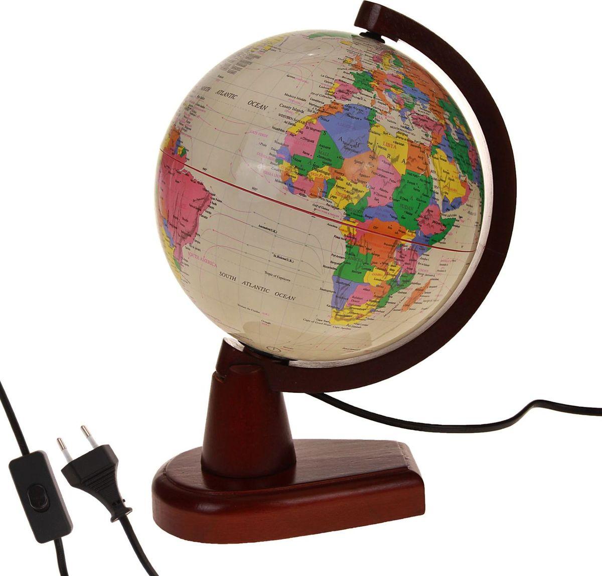 Глобус Политическая карта на английском языке диаметр 20 см186790Данная модель дает представление о политическом устройстве мира. Макет показывает расположение государств, столиц и крупных населенных пунктов. Названия всех объектов приведены на английском языке. Страны окрашены в разные цвета, чтобы вам было удобнее ориентироваться. На глобусе также отображены: экватор параллели меридианы градусы государственные границы демаркационные линии.Используйте изделие как ночник. Он оснащен мягкой, приглушенной LED-подсветкой. Характеристики Высота глобуса с подставкой: 33 см. Диаметр: 20 см. Масштаб: 1:63 000 000.Изготовлен из прочного пластика.
