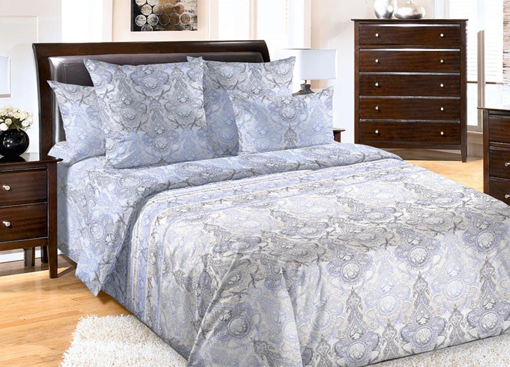 Комплект белья Primavera Облако, 2-спальный, наволочки 70x7092104Комплект постельного белья Primavera Облако является экологически безопасным для всей семьи, так как выполнен из высококачественного перкаля. Комплект состоит из пододеяльника на молнии, простыни и двух наволочек. Постельное белье оформлено нежным орнаментом и имеет изысканный внешний вид. Перкаль представляет собой очень прочную ткань высочайшего качества, которую производят из чесаного хлопка. Перкаль обладает матовой, слегка бархатистой поверхностью. Несмотря на высокую прочность и плотность, перкаль - мягкий и нежный материал. Приобретая комплект постельного белья Primavera Облако, вы можете быть уверенны в том, что покупка доставит вам и вашим близким удовольствие и подарит максимальный комфорт.