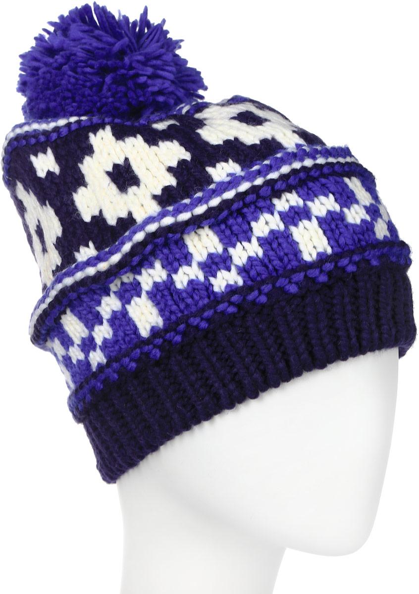 Шапка женская Columbia Alpine Vista, цвет: синий, белый. CL9991-545. Размер универсальныйCL9991-545Стильная женская шапка Columbia Alpine Vista дополнит ваш наряд и не позволит вам замерзнуть в холодное время года. Шапка-бини мелкой вязки выполнена из высококачественной акриловой пряжи, что позволяет ей великолепно сохранять тепло и обеспечивает высокую эластичность и удобство посадки. Подкладка выполнена из мягкого и приятного на ощупь флиса. Шапка оформлена вязаным узором и украшена пушистым помпоном. Такая шапка станет модным и стильным дополнением вашего зимнего гардероба, великолепно подойдет для активного отдыха и занятия спортом. Она согреет вас и позволит подчеркнуть свою индивидуальность!