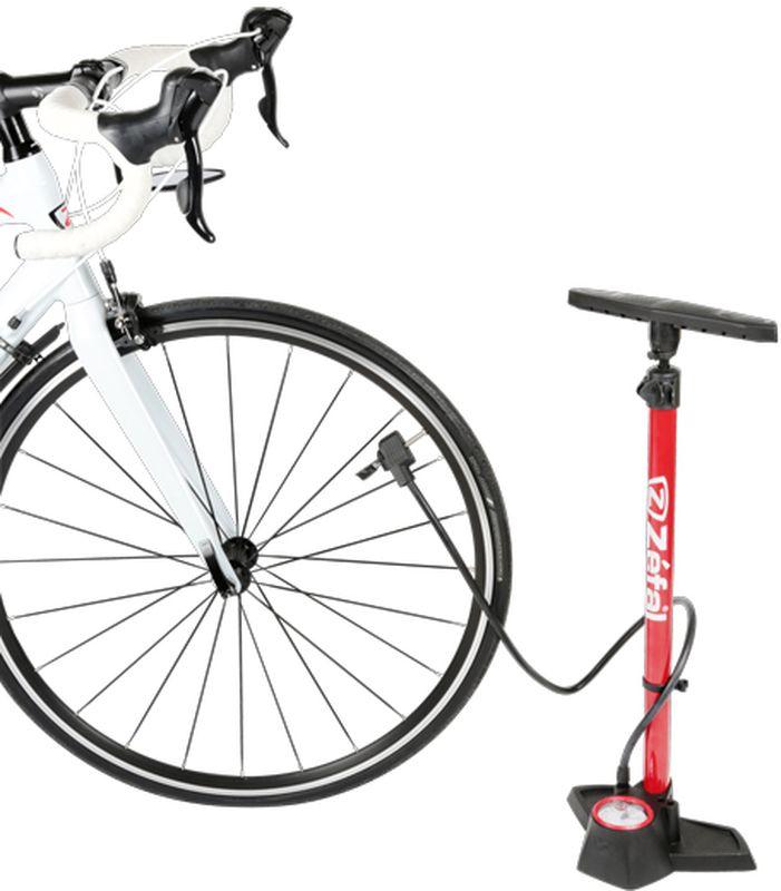 """Напольный насос Zefal """"Profil Max FP30"""" создан для людей, которые любят ухаживать за своим велосипедом. Это высококачественный насос   позволяющий без долгих усилий, быстро и точно установить необходимое давление в колёсах. Модель Profil Max FP30 оснащена системой Z-Switch   для быстрой смены типа клапана: Presta, Shreder или Dunlop. Для большего удобства использования насос оснащён длинным (1100 мм.) шлангом и   линзой увеличивающей цифры на манометре. Так же в комплект входят дополнительные насадки для накачивания спортивных мячей и надувных   игрушек. ZEFAL – старейший французский производитель велосипедных аксессуаров премиального качества, основанный в 1880 году, является номером   один на французском рынке велосипедных аксессуаров. • Для всех ниппелей: Presta, Schrader и Dunlop. • Система быстрой смены типа клапана Z-Switch • Игла для накачивания спортивных мячей • Линза увеличивающая цифры на манометре • Накачка давления до 11 Bar (160 Psi) • Длина шланга 1100 мм. • Стальной корпус      Гид по велоаксессуарам. Статья OZON Гид"""