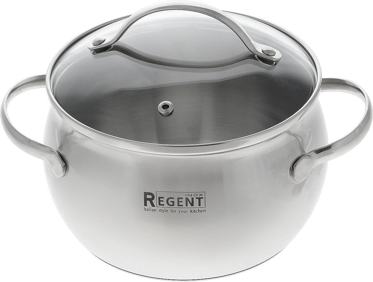 Кастрюля Regent Inox Apple с крышкой, 2,7 л93-D-2Кастрюля Regent Inox Apple, изготовленная из высококачественной нержавеющей стали с матовой полировкой, имеет трехслойное теплоаккумулирующее дно. Особая конструкция дна способствует высокой теплопроводности и равномерному распределению тепла. Материал удерживает тепло по всей поверхности изделия, благодаря чему пища равномерно и быстро нагревается. Кастрюля оснащена двумя удобными, бакелитовыми ручками. Ручки не перегреваются во время приготовления при правильном положении изделия на плите. Крышка, выполненная из термостойкого стекла, позволит вам следить за процессом приготовления пищи. Крышка оснащена металлическим ободом и отверстием для выпуска пара. Кастрюля идеальна для приготовления здоровой пищи с минимальным количеством жира, что обеспечивает снижение потери полезных витаминов, минеральных веществ и сохраняет аромат приготовляемых блюд.Кастрюля Apple очень удобна в использовании, практична и элегантна, ее легко чистить и мыть.Кастрюлю можно использовать на любых видах плит, также индукционных, а также мыть в посудомоечной машине. Характеристики: Материал: нержавеющая сталь, стекло. Общий объем: 2,7 л. Внутренний диаметр: 18 см. Высота стенки: 11 см. Ширина с учетом ручек: 25,5 см. Высота с учетом крышки: 17 см. Толщина дна: 0,5 см. Толщина стенок: 0,3 см. Артикул: 93-D-2. УВАЖАЕМЫЕ КЛИЕНТЫ! Обращаем ваше внимание на тот факт, что объем кастрюли указан максимальный, с учетом полного наполнения до кромки. Рабочий объем кастрюли имеет меньший литраж.