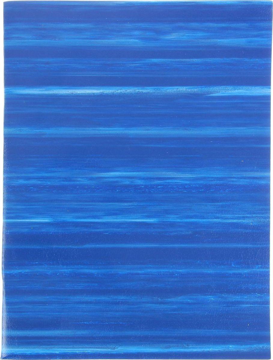 ТетраПром Тетрадь 96 листов в клетку цвет синий797933Тетрадь идеально подойдет для занятий любому школьнику.Обложка, выполненная из картона с поверхностью из ПВХ, сохранит тетрадь в аккуратном состоянии на протяжении всего времени использования. Внутренний блок состоит из 96 листов белой бумаги в клетку.Изделиеотличается качеством внутреннего блока, который полностью соответствует нормам и необходимым параметрам для школьной продукции.Интересный дизайн и высокое качество продукции делают компанию ТетраПром динамично развивающейся и конкурентоспособной фирмой на отечественном рынке. Производство тетрадей началось с 2006 года, и, к настоящему времени, компания приобрела большой опыт в производстве бумажно-беловых изделий. Также, она регулярно ведет анализ рынка и предпочтений покупателей, чтобы предложить вам тетради, о которых вы давно мечтали.