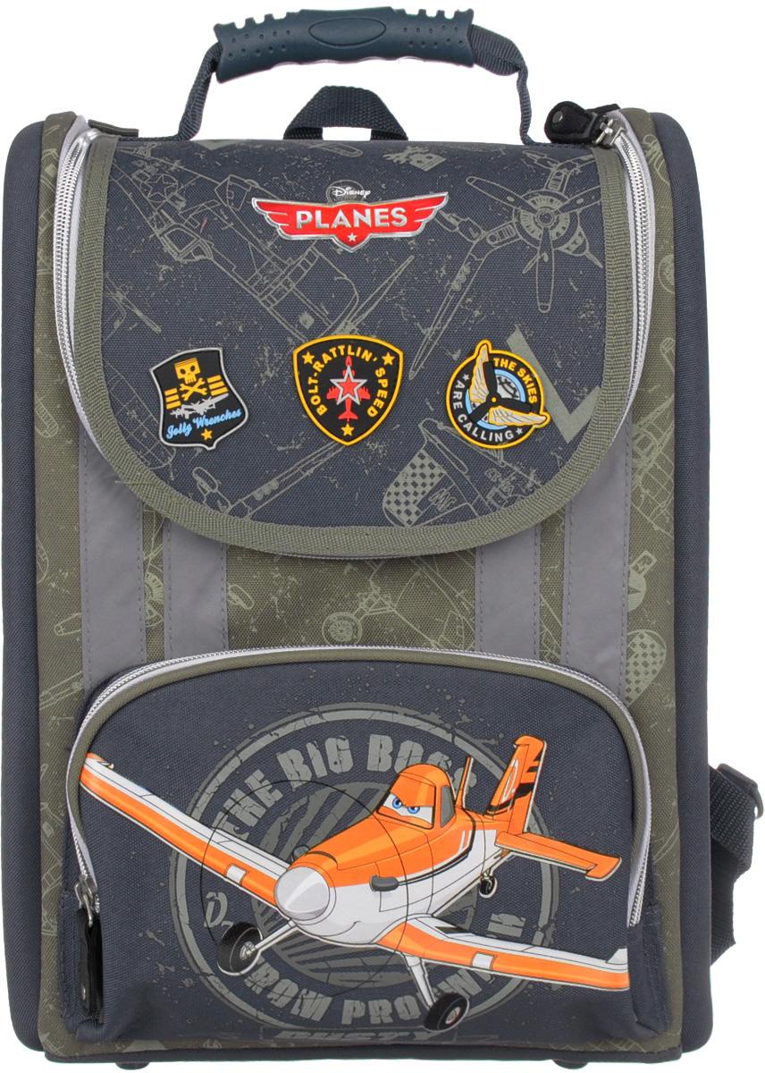 Planes Рюкзак детский цвет темно-серый PLAB-RT2-110PLAB-RT2-110Детский рюкзак Planes - это необходимый аксессуар для любого школьника.Спинка рюкзака выполнена из высокотехнологичного водонепроницаемого упругого материала, анатомически расположенные поролоновые вставки и специальная сетка для воздухообмена обеспечивают максимальный комфорт. Прочная облегченная пластиковая вставка служит для создания анатомического эффекта при ношении рюкзака за спиной. Независимо от загруженности рюкзака, пластиковая вставка гарантирует оптимальное и равномерное распределение нагрузки на спину ребенка, что является эффективным средством по предотвращению детского сколиоза. Боковые стороны выполнены из высокотехнологичного водонепроницаемого материала и укреплены EVA для обеспечения жесткости конструкции и правильного распределения нагрузки. Увеличенная ширина лямок позволяет снизить нагрузку на надплечье. Регулируемая длина гарантирует, что рюкзак подойдет ребенку любого роста. Резиновая ручка анатомической формы позволяет удобно переносить рюкзак в руках. Светоотражающие элементы на лямках и корпусе рюкзака делают ребенка более заметным в темное время суток.Рюкзак имеет одно основное отделение с разделителями для бумаг формата А4 и кармашком для телефона, которое закрывается на застежку-молнию. Спереди расположен накладной карман на молнии, внутри которого находится органайзер для письменных принадлежностей и мелочей.