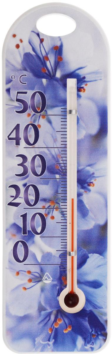 Термометр комнатный Стеклоприбор Голубые цветы. П-15300194_сиреневыйТермометр комнатный Стеклоприбор применяется для измерения температуры воздуха в помещении. Термометр выполнен из пластика с оригинальным рисунком, а колба изготовлена из ударопрочного стекла. Термометр оснащен широкой, подробной и наглядной шкалой. Изделие имеет широкий рабочий диапазон - от 0 до +50°С со шкалой деления в 10°С. Цена деления составляет 1°С. Изделие имеет специальное отверстие для крепления. Не содержит ртути. Для хорошего самочувствия и здоровья идеальный микроклимат в доме создаст температура +18…+24°С.
