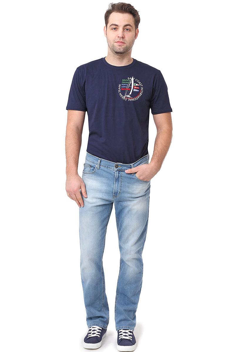 Джинсы мужские F5, цвет: голубой. 14463_0965. Размер 38-34 (52/54-34)14463_0965/L, Blue denim P-7 str., w.lightСтильные мужские джинсы F5 выполнены из натурального хлопка с небольшим добавлением эластана. Застегиваются джинсы на пуговицу в поясе и ширинку на молнию, имеются шлевки для ремня. Спереди модель оформлена двумя втачными карманами и одним небольшим секретным кармашком, а сзади - двумя накладными карманами.