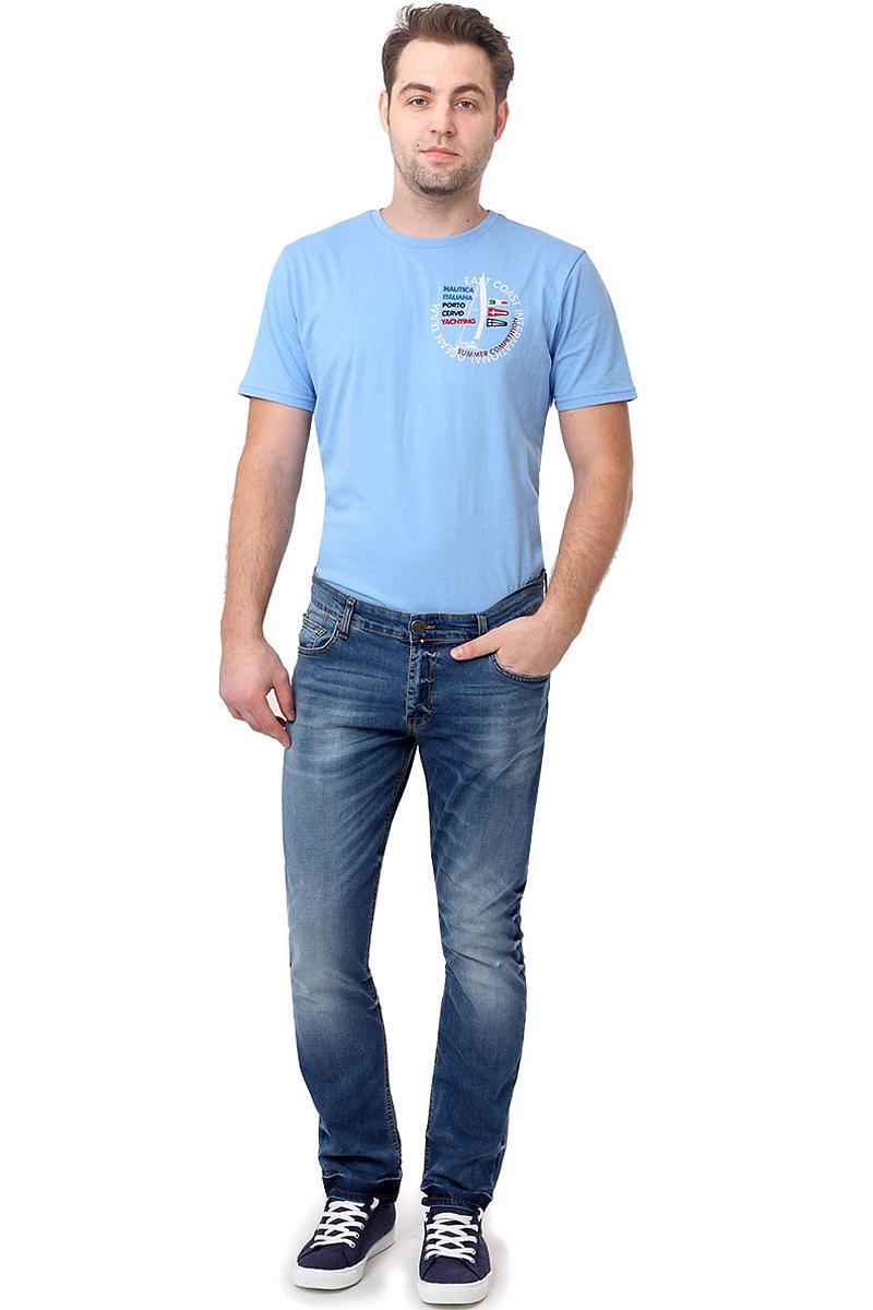 Джинсы мужские F5, цвет: синий. 14465_09558. Размер 33-34 (48/50-34)14465_09558, Blue denim P-7 str., w.mediumСтильные мужские джинсы F5 выполнены из натурального хлопка с небольшим добавлением эластана. Застегиваются джинсы на пуговицу в поясе и ширинку на застежке-молнии, имеются шлевки для ремня. Спереди модель оформлена двумя втачными карманами и одним небольшим секретным кармашком, а сзади - двумя накладными карманами. Джинсы украшены декоративными потертостями. Боковые швы модели дополнены защипами.