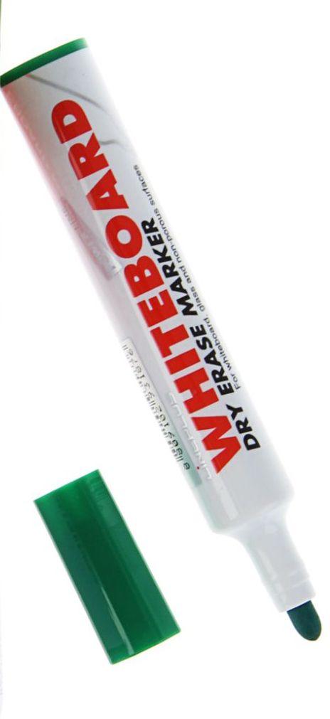 Line Plus Маркер для доски цвет зеленый1255312Маркер Line Plus удобен для письма на белой маркерной доске, ПВХ, стекле, фарфоре.Чернила стираются в сухом состоянии, устойчивы к свету, безвредны для здоровья.Характеристики:- цилиндрический наконечник;- ширина линии: 3 мм;- великолепное качество фиброволокна;- увеличенный объем корпуса и удобная фиксация снятого колпачка, исключающая его потерю.