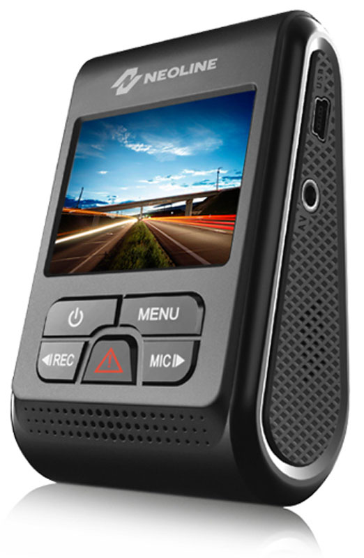 Neoline G-Tech X37, Black видеорегистраторG-TECH X37Форм-фактор и компактный размер Neoline G-Tech X37 позволяют установить его практически незаметно. Высокое качество видео Quad HD, суперконденсатор, встроенный в крепление GPS модуль - это идеальный помощник на дороге.Благодаря мощному процессору NTK96660 (одна из последних моделей от NTK) при поддержке прекрасно зарекомендовавшей себя 4-х мегапиксельной HDR CMOS матрицы от одного из лидеров рынка OmniVision OV4689 и светосильного объектива с F1.8 Neoline G-Tech X37 обладает высокой чувствительностью при низкой освещенности, обеспечивая высочайшее качество съемки даже при отсутствии внешних источников света.Мощная техническая база обеспечивает четкую и плавную картинку как днем, так и ночью. Neoline G-Tech X37 способен снимать видео с максимальным разрешением 2560 x 1440 при 30 к/с или 1920 x 1080 при 60 к/с.Благодаря широкому углу обзора 160° Neoline G-Tech X37 охватывает до 5 полос дорожного полотна без искажения картинки.Благодаря функции WDR видеорегистратор обеспечивает сбалансированное изображение при быстро меняющемся освещении и высокое качество видеосъемки даже в сложных условиях. Например, при резком изменении освещения при въезде или выезде из тоннеля.Neoline G-Tech X37 оснащен быстросъемным креплением, через которое подается питание на видеорегистратор. При необходимости снять видеорегистратор достаточно его сдвинуть с крепления, при этом не нужно убирать и снова закреплять провод питания.Видеорегистратор оснащен конденсатором, а не стандартной батареей. Конденсатор значительно более устойчив к высоким температурам и обладает длительным сроком службы. Благодаря конденсатору решены многие типичные проблемы видеорегистраторов: перегрев, взрывоопасность батареи, потеря последних файлов.Девайс оснащен быстросъемным креплением, в которое встроен GPS-датчик. Наряду со штампом даты, времени и гос.номера автомобиля на видео накладываются скорость автомобиля и координаты, что увеличивает объем доказательной базы
