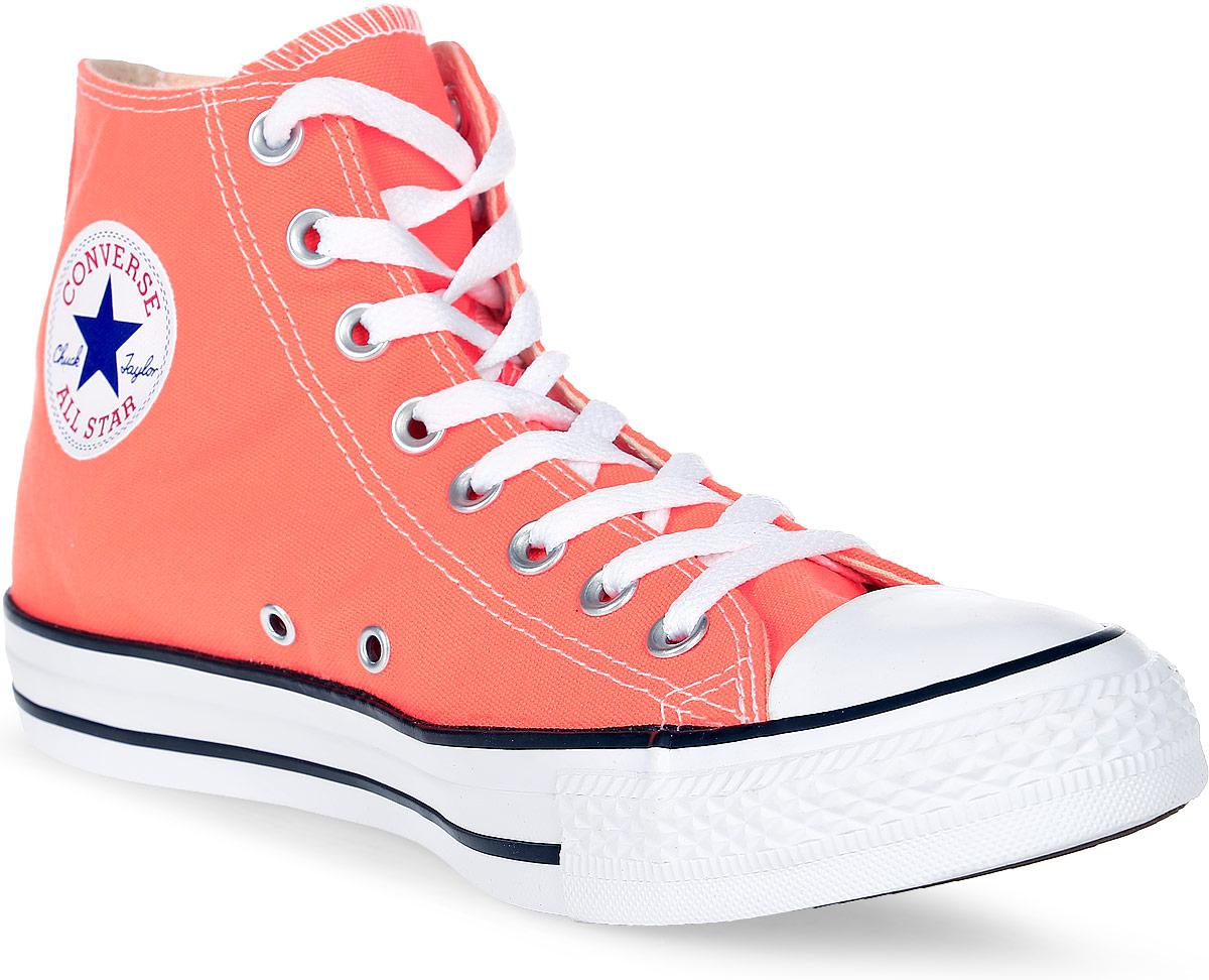 Кеды женские Converse Chuck Taylor All Star, цвет: оранжевый. 155739. Размер 7 (40)155739Высокие женские кеды Chuck Taylor All Star от Converse созданы для тех, кто предпочитает оригинальный дизайн и непревзойденное качество. Кеды выполнены из плотного текстиля и оформлены контрастной прострочкой и фирменным логотипом со звездой. Мыс защищен резиновой накладкой. Сбоку предусмотрены отверстия с люверсами для вентиляции. Классическая шнуровка надежно фиксирует обувь на ноге. Стелька и подкладка из мягкого текстиля комфортны при ходьбе. Подошва исполнена из износостойкой резины контрастного цвета. Рифление на подошве обеспечивает идеальное сцепление с любыми поверхностями. Эффектные кеды помогут вам создать яркий, динамичный образ.