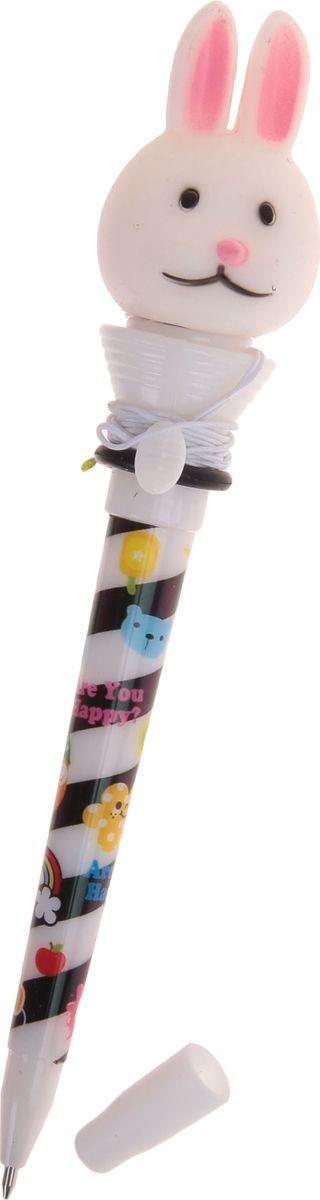 Ручка-стрелялка шариковая Зайцы синяя1019801Ручка-стрелялка Зайцы приведет в восторг окружающих! Шариковая ручка в необычном воплощении способна творить настоящие чудеса! Ведь этот практичный яркий, всегда нужный предмет, которым мы пользуемся каждый день, умеет не только писать, но и поднимать настроение всем вокруг. Красочный дизайн будет дарить улыбки и море позитива — ее не захочется выпускать из рук. А если нажать специальную кнопку, фигуристый наконечник выпрыгнет! Но можно не переживать: далеко он не улетит, так как закреплен на резинке. Такая ручка точно придется по вкусу маленьким деткам: браться за уроки они будут с большим энтузиазмом. А для взрослых будет оригинальным украшением рабочего стола и приятным напоминанием о человеке, который преподнес такой презент!