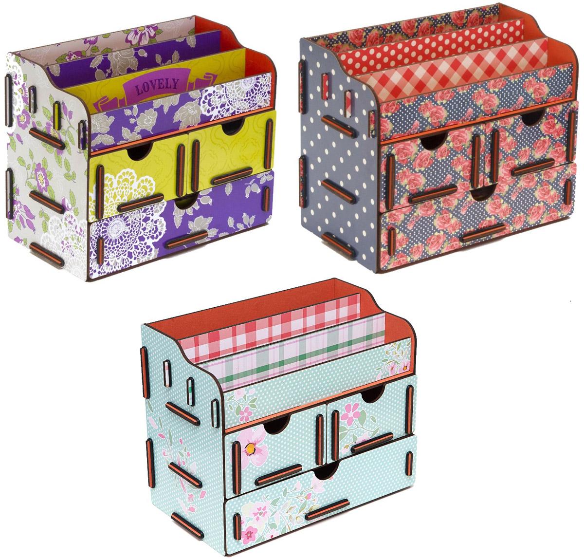 Набор шкатулок Homsu Любовь, увитая цветами, для украшений, 3 штDEN-07Набор Homsu  Любовь, увитая цветами состоит из оригинальных шкатулок, выполненных из МДФ, и имеет множество полочек сверху для хранения косметики, парфюмерии и аксессуаров, а также ящички, которые позволят разместить в них все самое необходимое и сокровенное для каждой женщины. Шкатулочки можно поставить на стол, они станут отличным дополнением интерьера.