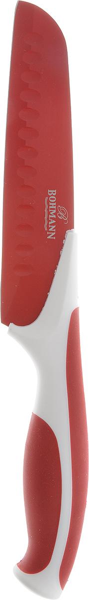 Нож сантоку Bohmann, цвет: красный, белый, длина лезвия 15 см5219BH_красныйНож сантоку Bohmann имеет лезвие из высококачественной нержавеющей стали. Специальное покрытие Non-stick предотвращает прилипание продуктов и делает нарезку более эффективной и быстрой. Лезвие устойчиво к царапинам, не ржавеет и не оставляет запаха металла на еде. Цветное покрытие не выгорает и не шелушится в повседневном использовании. Рукоятка ножа выполнена из пластика и снабжена прорезиненными вставками для надежного хвата и комфортной резки. Длина ножа: 27,5 см.