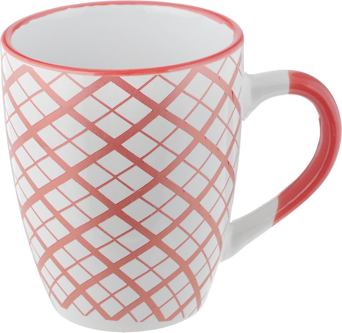 Кружка Фарфоровый путь Геометрия, 350 мл. 15445-С15445-СКружка Фарфоровый путь Горох изготовлена из прочной высококачественной керамики. Глазурованное покрытие защищает изделие от трещин и сколов и продлевает срок службы. Внешние стенки изделия дополнены геометрическим принтом.