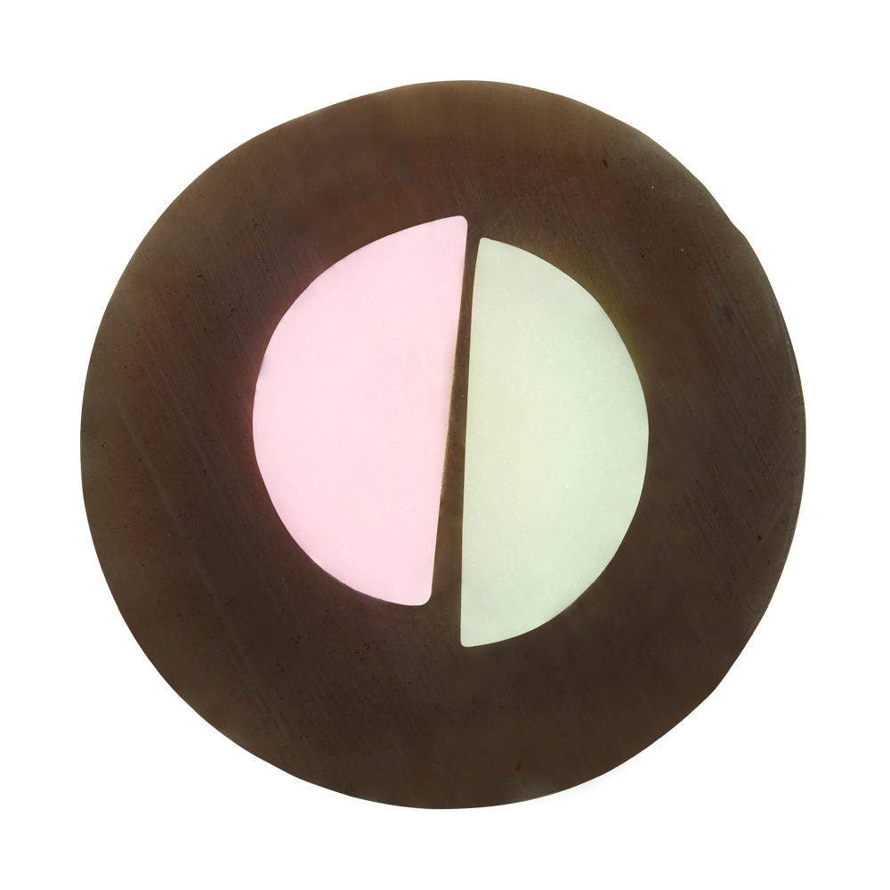 Caolion О2 мыло для очищения пор 100 гр40034На 100% натуральное мыло ручной работы подойдет даже для самой чувствительной кожи. Природная минеральная газированная вода в составе мыла глубоко очищает поры, угольная пудра и экстракт какао мягко скрабируют, а масла ши, оливы и кокоса увлажняют и смягчают, обеспечивая невероятный комфорт от очищения. Дарит коже безупречную чистоту, гладкость и мягкость.
