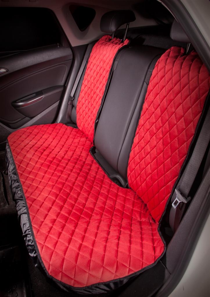 Накидка на заднее сиденье Airline, цвет: красный. ASC-B-04ASC-B-04Накидка на заднее сиденье Airline, выполненная из износоустойчивой ворсовой мебельной ткани, защищает штатную обивку от истирания и выцветания. Идеально подходит к кожаному салону, обеспечивая комфортную температуру при контакте с сиденьем в холодную и жаркую погоду, а стеганый дизайн придает салону домашний комфорт и уют. Накидка имеет универсальную систему крепления.Преимущества: - Защищает обивку автомобильных сидений от истирания.- Износостойкая ворсовая ткань.- Удобные застежки на направляющие подголовника.- Универсальное крепление и размер.