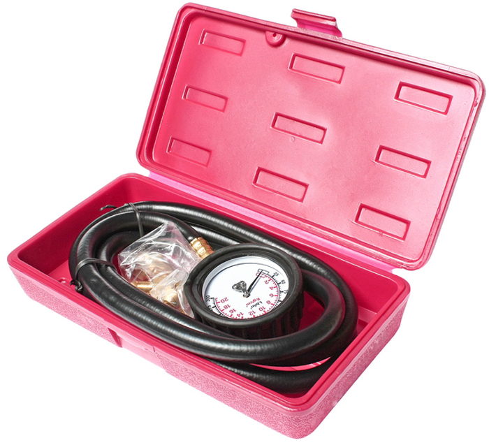 Тестер давления масла JTC с набором адаптеров. JTC-1256JTC-1256Тестер давления масла JTCпредназначен для проведения работ по диагностике давления масла в любом типе автомобилей. Оснащен двойной заметной шкалой. Кроме того, в комплект входит шланг 600 мм. с резьбой (NPT) 1/8 и адаптеры 1/4 NPT и 3/8 NPT.Тестер упакован в прочный пластиковый кейс. Диапазон измерений: 0-300 psi (0-21бар). Диаметр манометра: 2.5.