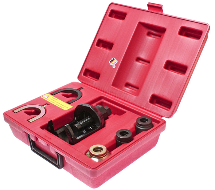 JTC Набор для снятия верхних шаровых опор передней подвески Volkswagen, Audi. JTC-1305JTC-1305Применение: для автомобилей Фольксваген (Volkswagen), T4 с дизельным и бензиновым двигателем объемом 2.0 л. и 2.4 л. Все работы выполняются прямо на автомобиле без демонтажа рычагов подвески. Упаковка: прочный переносной кейс. Габаритные размеры: 320/230/115 см. (Д/Ш/В) Вес: 3836 гр.